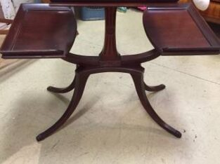triple level mahogany table – $160